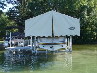 Beach King Docks Amp Boat Lifts Rahbain S Outdoors